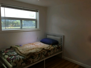 1 MONTH ROOM FOR RENT AVAILABLE AT EGLINTON AND DUFFERIN