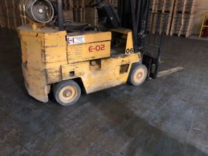 Caterpillar forklift 4,500 LB with side shift: $4,500. Certified