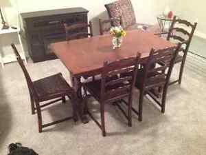 English Oak Dinning Room Table & Chairs