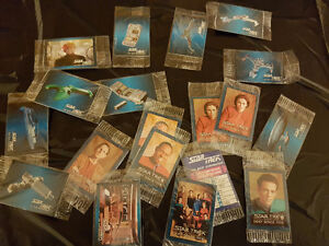 19 star trek collectables 1993 from chip bags