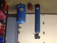 Adoucisseur,pompe et reservoir
