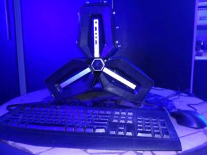 PC gamer - i7 7700k/2TB HDD/16GB ram 3000MHz/Sapphire HD 7870 2G