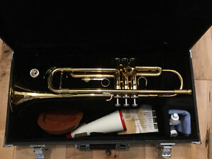 Yamaha Trumpet and accessories