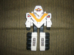 POWER RANGERS IN SPACE MEGA WINGER ZORD