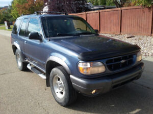 2001 Ford Explorer Sport SUV, Crossover, 4x4, Hitch