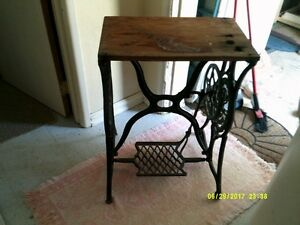 Antique Cast Iron Singer Sewing machine table