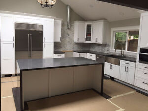 Affordable price with good quality solid wood kitchen cabinets