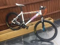 "SCOTT MOUNTAIN BIKE 19"" Frame ALU,DISC BRAKES,LOCK SUSPENSION***Custom Build**"