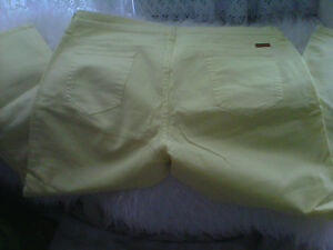 Women s Sz 12,14 Capris/Cropped