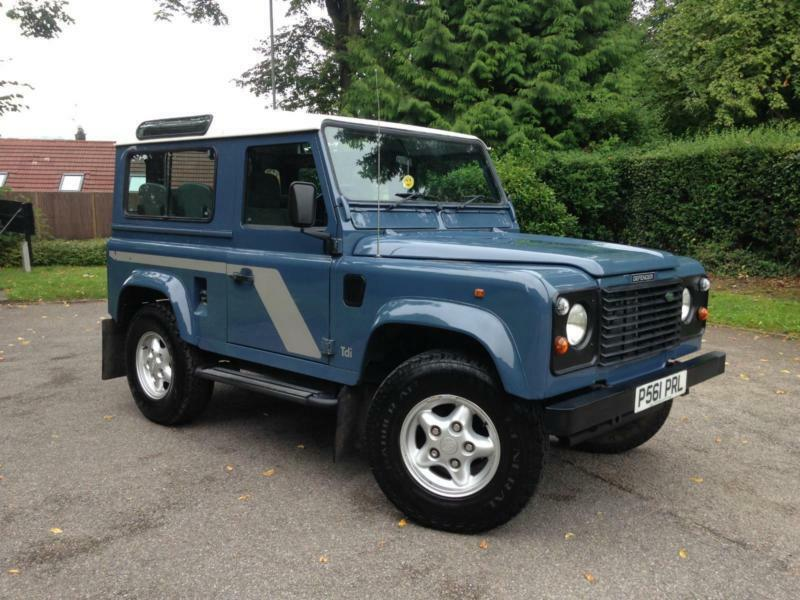 1996 Land Rover Defender 90 County Station Wagon 300 Tdi | in Hemel