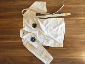 Taekwondo Uniform / DoBok Size 1 (150 Cm)- Perfect Condition