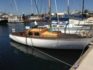23ft Wooden Yacht