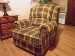 ** Green and Brown Plaid chair....as new...very comfortable...