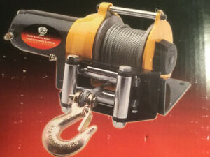 Winch 3000lb Capacity (Brand New)  Never Used