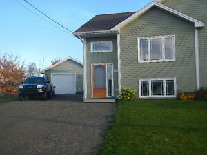Beautiful semi detached with garage in Moncton North court
