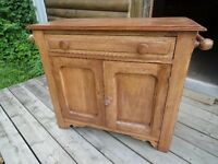 *** PRICE REDUCDED*** ANTIQUE PINE WASH STAND