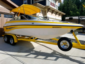 Beautiful 2004 Crownline 192BR with Trailer For Sale