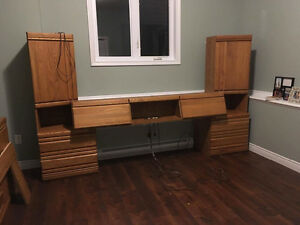 7 Piece Oak Bed Set!