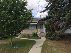 3 bed Main Floor close to downtown