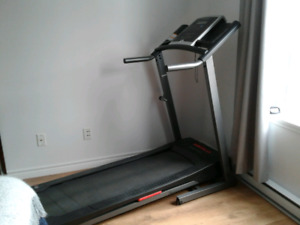 Tapis roulant d'exercice 400$