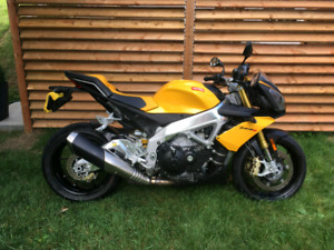APRILIA TUONO IMPECCABLE