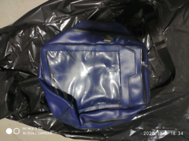 Bagster expandable motorcycle tank bag