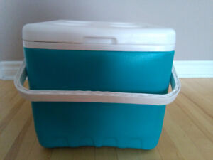 Ice cube  cooler (Brand New, color:Ocean Blue)