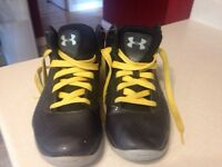 Under Armour Youth Basketball Shoes Size 3.5