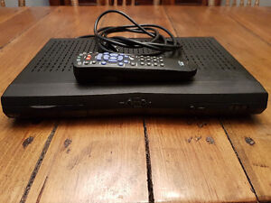 Bell 3100 satellite receiver with remote