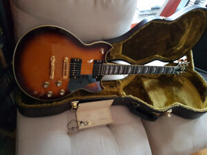 Yamaha SG1000 Limited Edition 2009. Mint condition.
