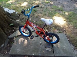 Super Cycle BIKE with Training Wheels