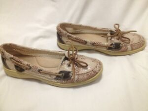Ladies Unique Beige Leather Sperry Topsider Deck Shoes 9M