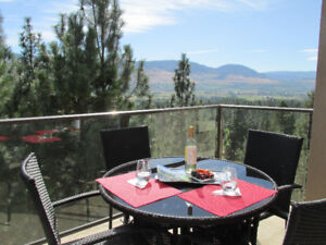 Executive Golf & Winery Vacation Rental with pool, hot tub et al