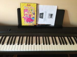 selling digital piano for $250