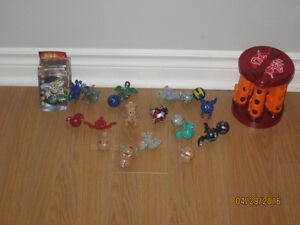 Bakugan, cartes de Bakugan et support de Bakugans