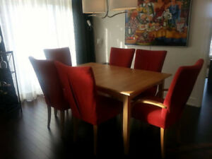 Negotiable,maple dining set,6 chairs