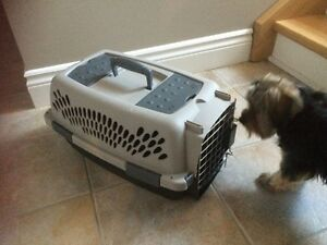 Pet crate (small dog)