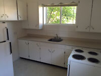 2 Bedroom! Bright and white! $650 (ALL-IN)
