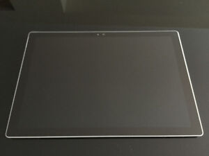 Surface Pro 4 i5 CPU 8GB RAM 256 GB SSD Windows 10, like new
