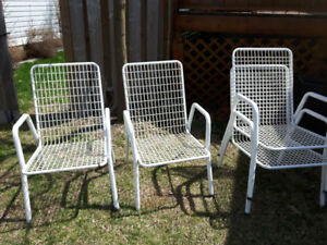 Free lawn chairs