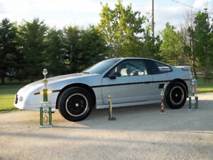 Looking for Owner of 86 Fiero named Scott in St. Vital