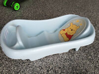 Articles variés pour le bain de bébé! Voir prix description.