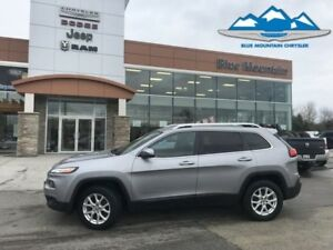2014 Jeep Cherokee North  LOCAL TRADE, ACCIDENT FREE, 4WD