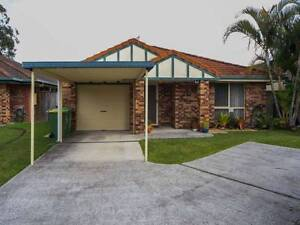 View Sat11.30/12.30am Freestanding house, peaceful and quite St Helensvale Gold Coast North Preview
