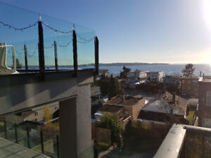 White Rock Ocean view 2 bed house for rent, blocks from beach