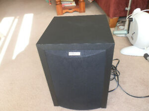 Polk Audio RM6750 100-Watt Active Powered Sub-woofer Speaker