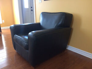 Comfy Black Leather Chair