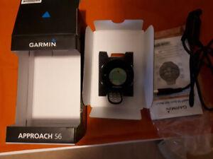 Garmin s6 approach golf watch with touch screen