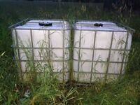 1000 liter plastic totes with stainless steel frames