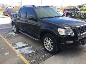 2007 Ford Explorer Sport Trac Limited SUV, Crossover London Ontario image 2